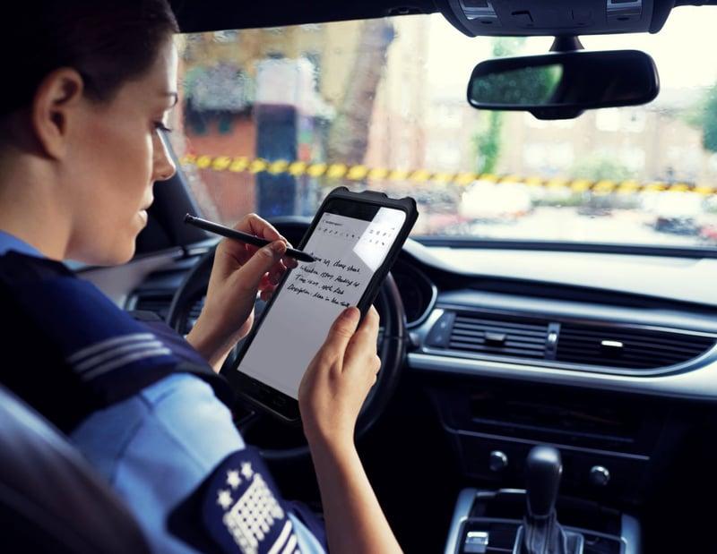 Mobil arbetsplats med Samsung surfplatta