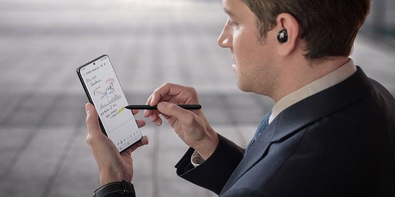 5 fördelar med central uppdatering av mjukvara i mobila enheter